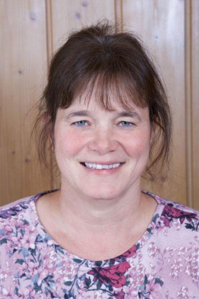 16. Silvia Schletzbaum